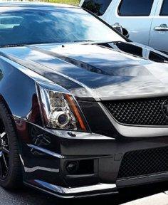 Window tint on a black car